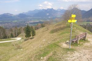 """Aussichtspunkt """"Drei Linden"""" - Wegpunkt 3 entlang der Tour"""