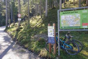 An der Wanderkarte - Wegpunkt 3 entlang der Tour