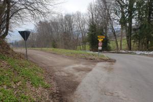 Abzweigung Wiesholz - Wegpunkt 11 entlang der Tour
